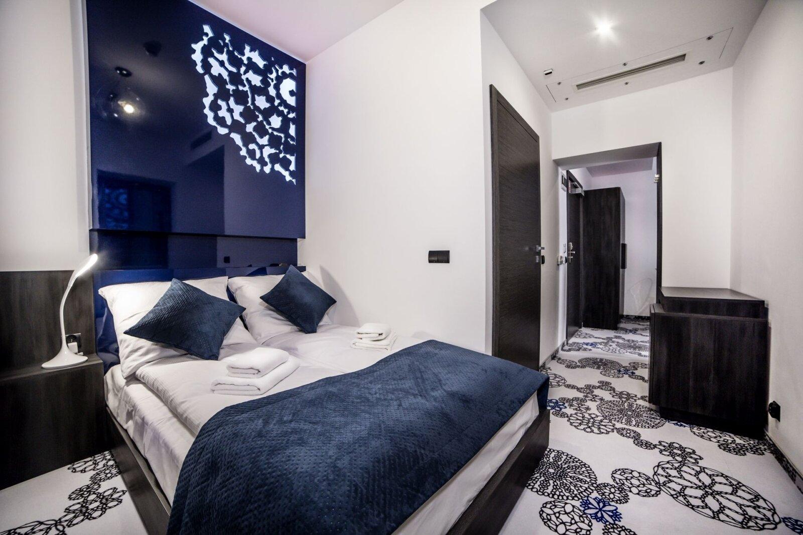 Pokoje i apartamenty-10