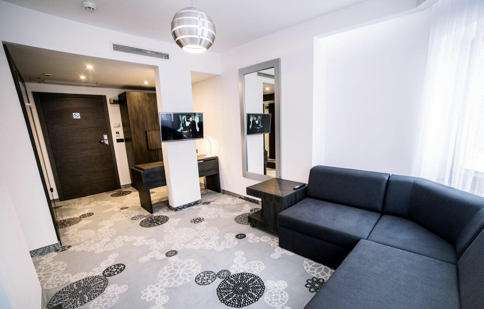 Pokoje i apartamenty-15
