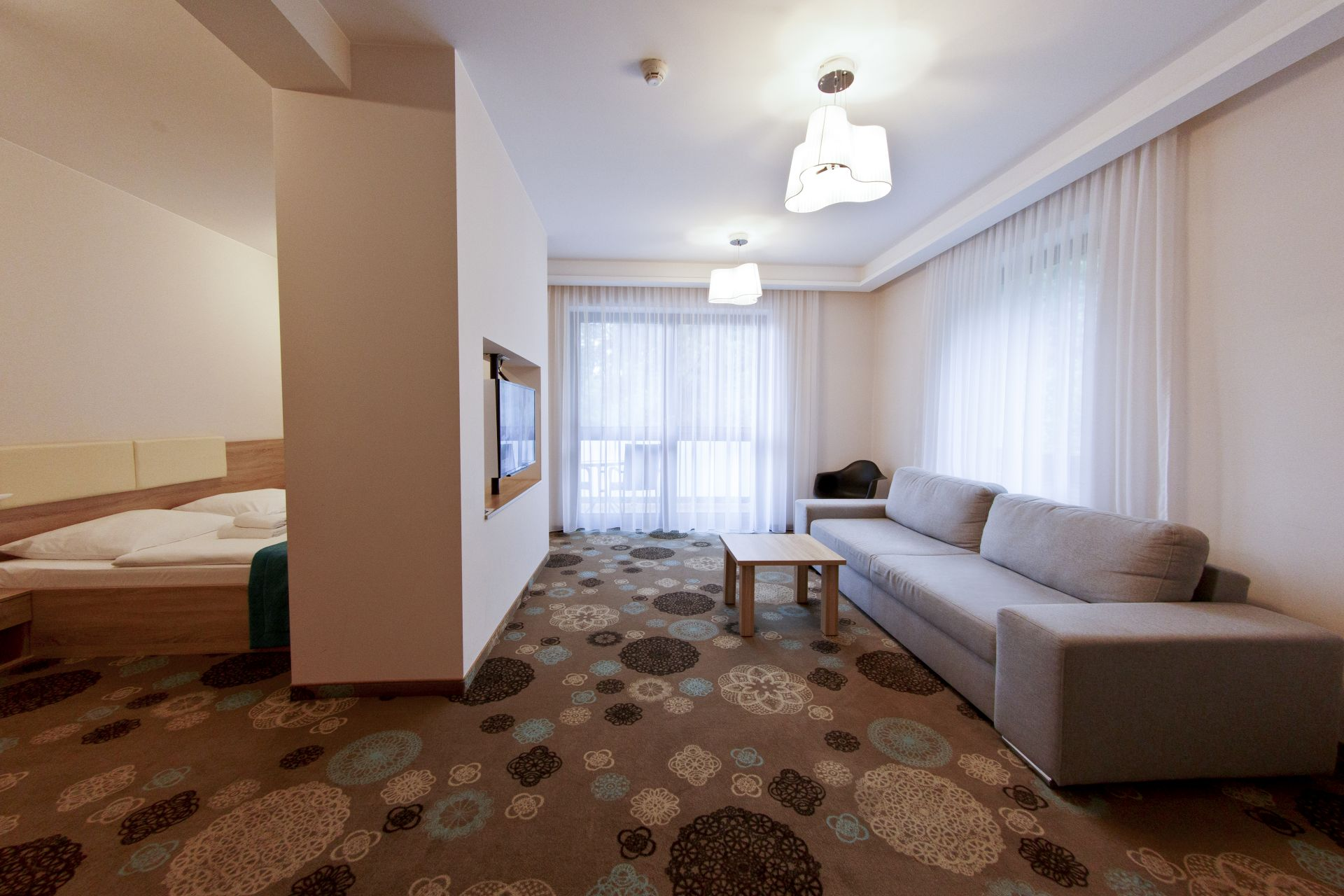 Pokoje i apartamenty-16
